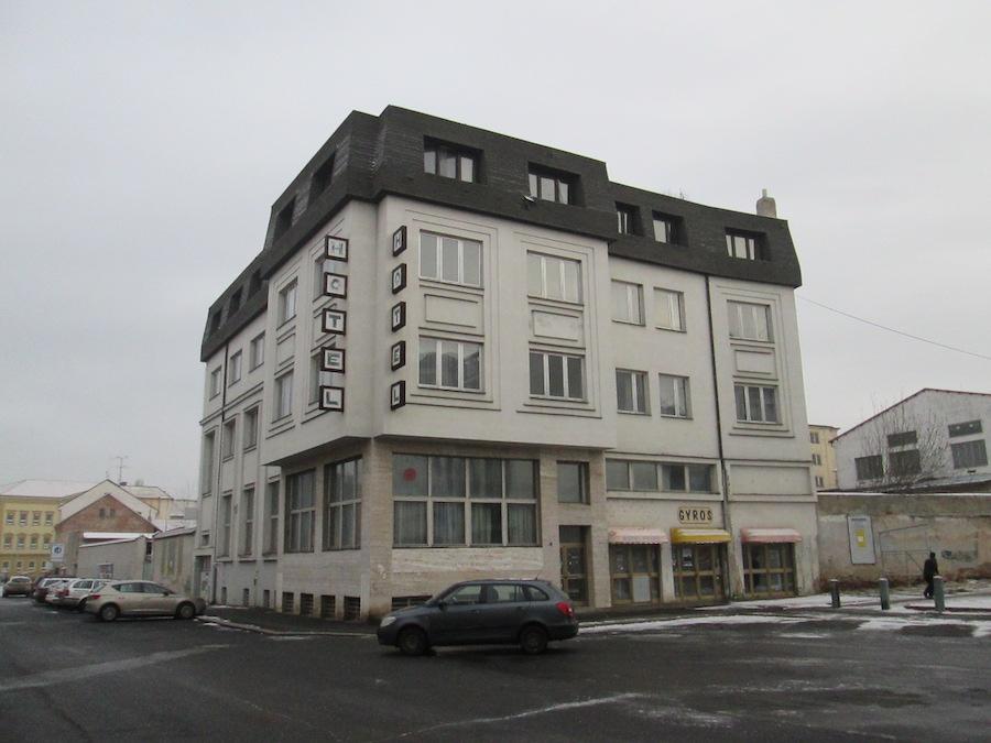 Odstranění objektu Hotel Praha Kralupy nad Vltavou, realizace 2016